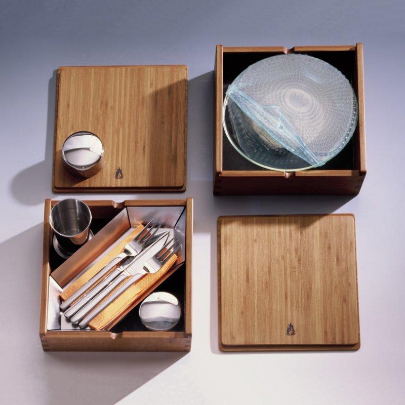 mobiler luxus grill mit geschirr und besteck die kieler kiste im bbq laden 275 00. Black Bedroom Furniture Sets. Home Design Ideas